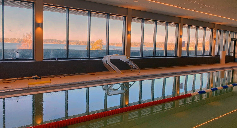 Vår simbassäng är snart klar
